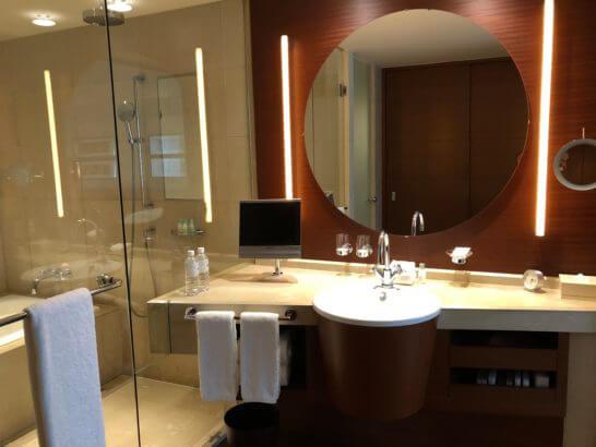 グランドハイアット東京のデラックスツインの洗面台・バスルーム