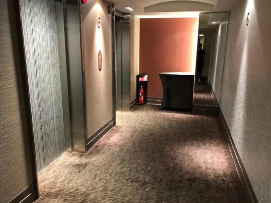 コートヤード・マリオット銀座東武ホテルのエレベーターホール