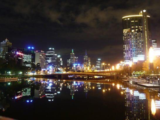 オーストラリアのメルボルンの夜景