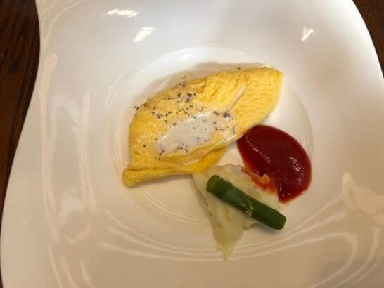 セントレジスホテル大阪の朝食(オムレツ)