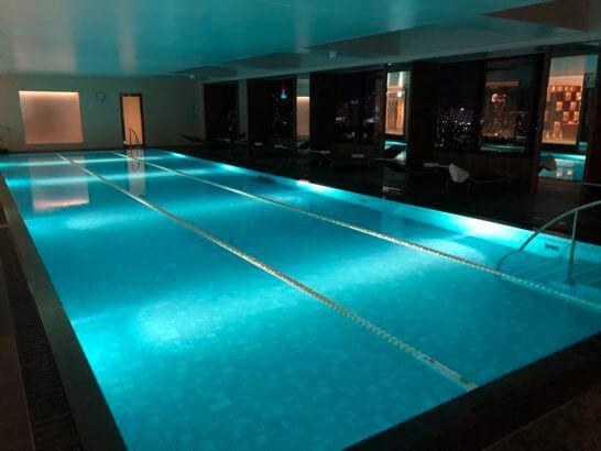 ザ・プリンスギャラリー 東京紀尾井町,ラグジュアリーコレクションホテルのナイトプール