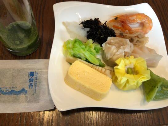 セントレジスホテル大阪の朝食(点心・のり・エビ・ひじきなど)