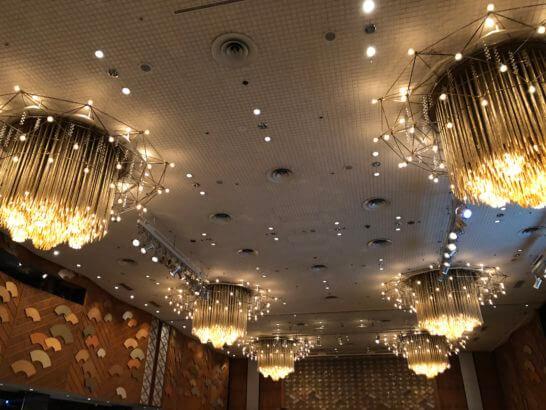 ダイナースクラブ フランスレストランウィーク ガラディナーの会場天井