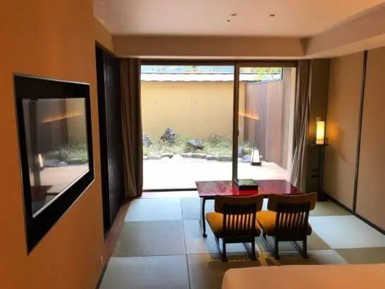 翠嵐ラグジュアリーコレクションホテル京都の和室・庭