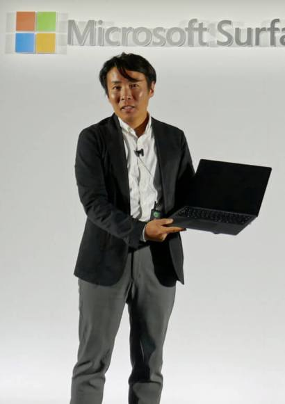 Surface Laptop 2を解説する日本マイクロソフト社員