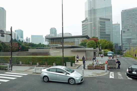 東京レストランバスから見た首相官邸