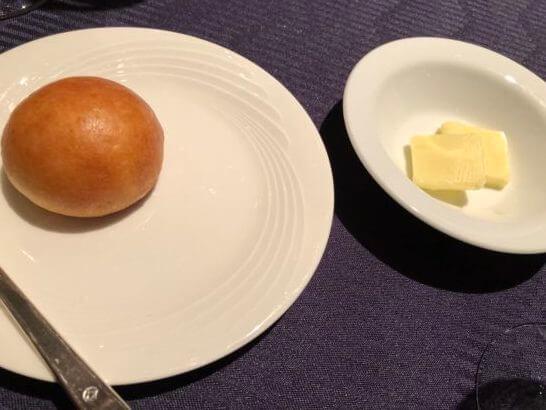 ダイナースクラブ フランスレストランウィークのガラディナーのパン