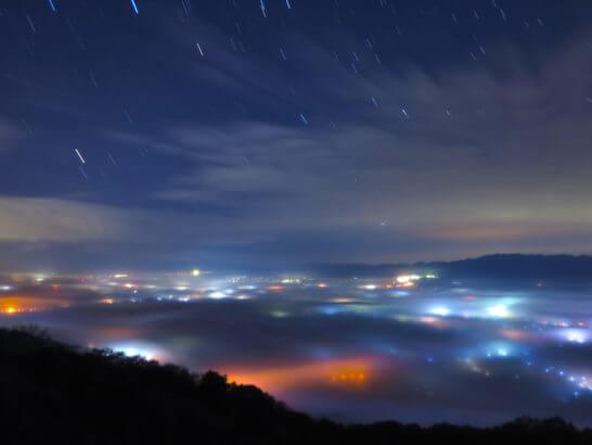 和歌山県の紀伊山地の七色雲海