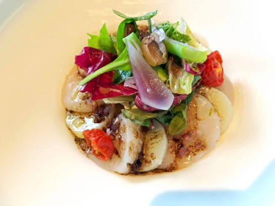 タワーズブランチの帆立貝のサラダ
