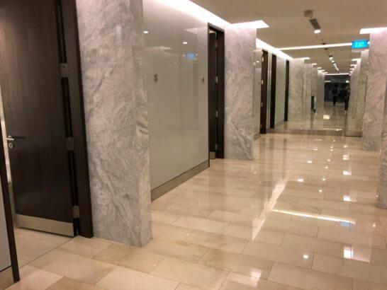 カンタス航空シンガポールラウンジのシャワールーム