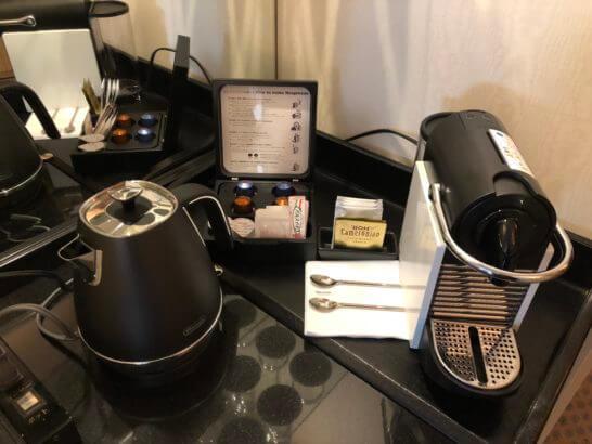 ウェスティンホテル東京の14Fの客室のコーヒー