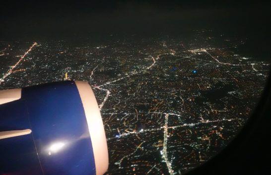 デルタ航空の機中からの夜景