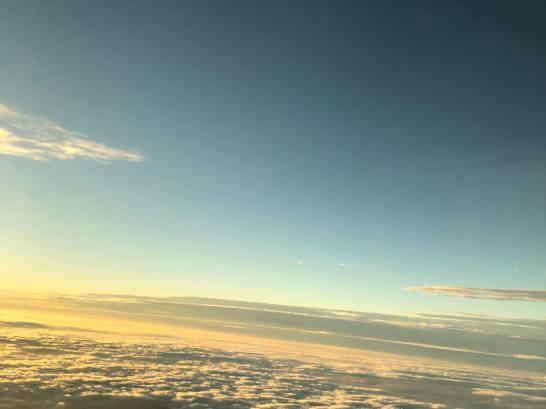 ANAの機中の窓からの景色