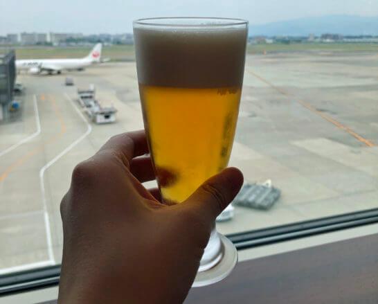 伊丹空港のダイヤモンドプレミアラウンジのビール