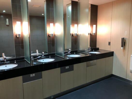 ANAラウンジ(羽田空港国際線)のトイレ