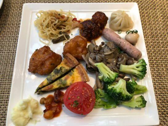 東京マリオットホテルの朝食(温料理)