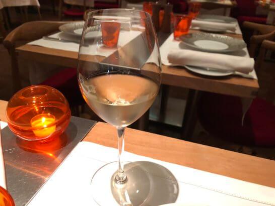 ビストロブノワの白ワイン