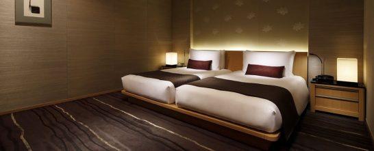 ザ・キャピトルホテル 東急のガーデンスイートツインのベッド