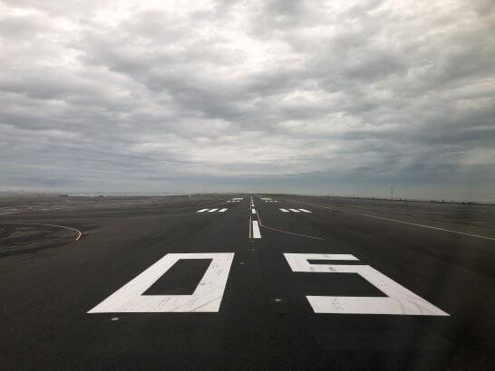 羽田空港国際線の滑走路