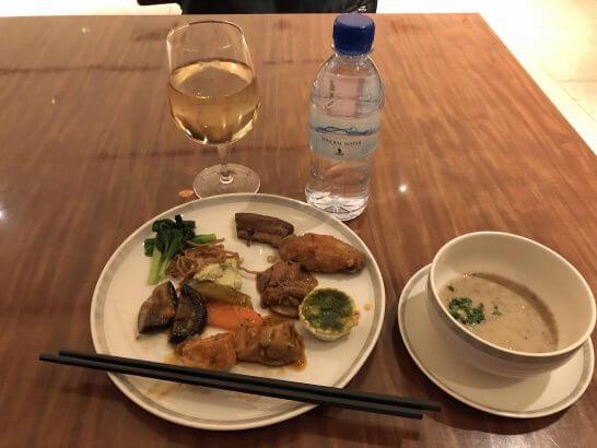 シンガポール航空シルバークリスラウンジの食事