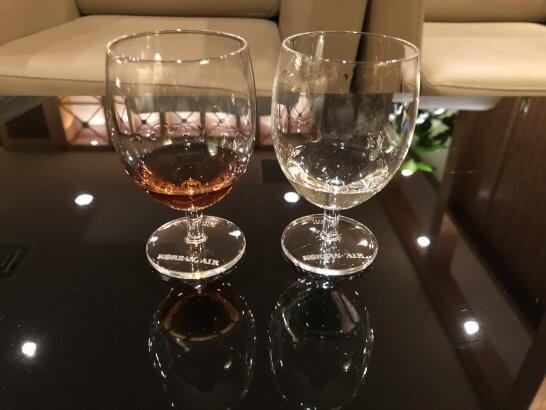 関空のKALラウンジのウイスキー、ブランデー