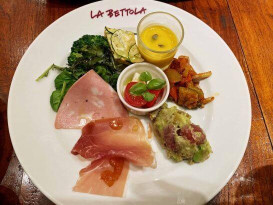 ラ・ベットラ・ダ・オチアイ 西武池袋店の前菜