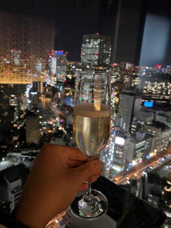 ANAインターコンチ東京のラグジュアリーソーシャルアワーのシャンパン