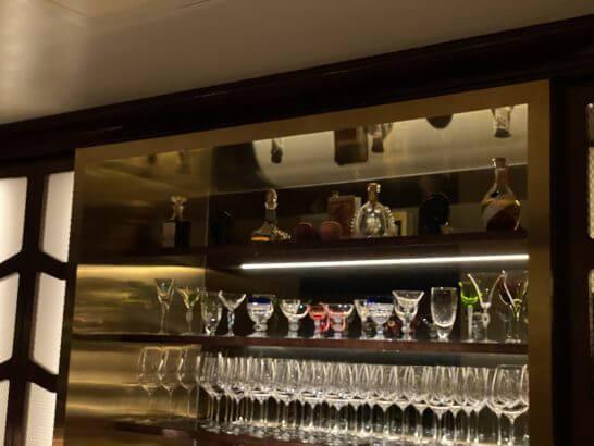 VILLA FOCH GINZAのガラス・装飾品