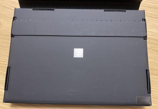 アメックスビジネスセンチュリオンの箱の裏面