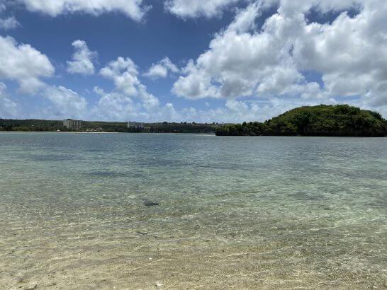 グアムのビーチ(シェラトングアムの敷地から)