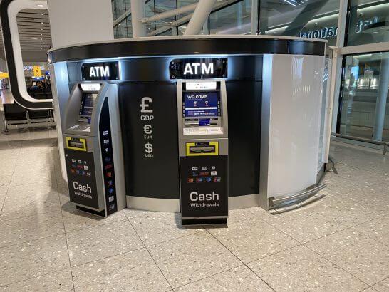 ロンドン・ヒースロー空港のATM