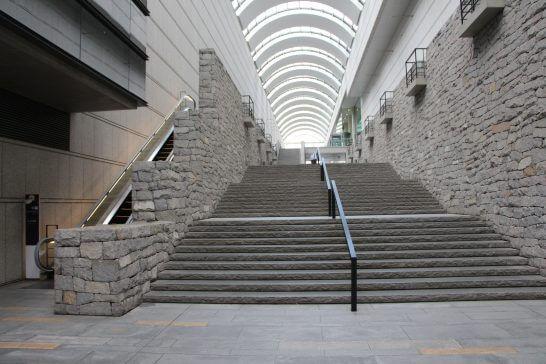 新国立劇場の石畳