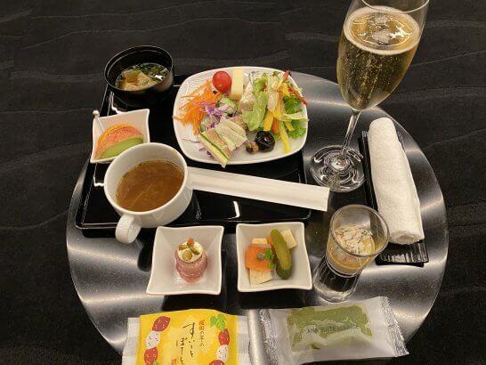 ANAスイートラウンジ(羽田国際線)の食事