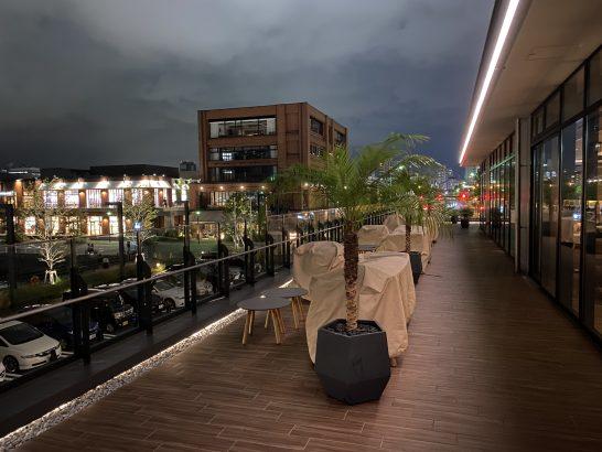 インターコンチネンタル横浜Pier8のテラス席(夜景)
