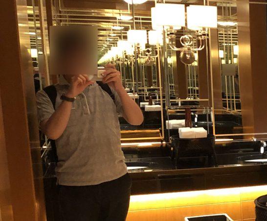 ザ・リッツ・カールトン東京のトイレの鏡