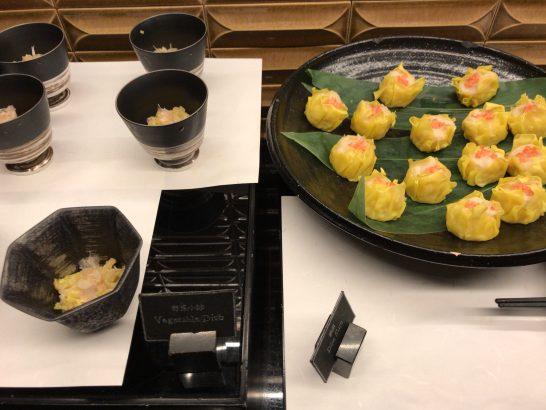 ザ・リッツ・カールトン東京のクラブラウンジの焼売・野菜の小鉢