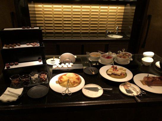 ザ・リッツ・カールトン東京のクラブラウンジのスイーツ&コーディアルのスイーツ類