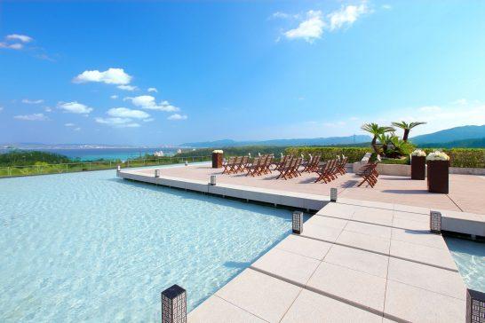 ザ・リッツ・カールトン沖縄のプール