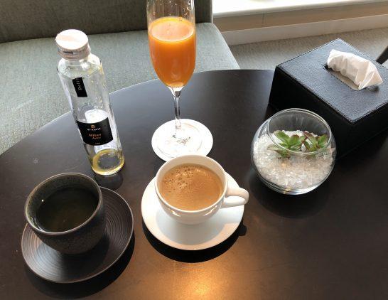 セントレジスホテル大阪のみかんジュース・お茶・コーヒー