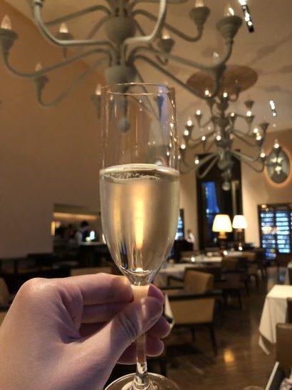 セントレジスホテル大阪のラ ベデュータのシャンパン