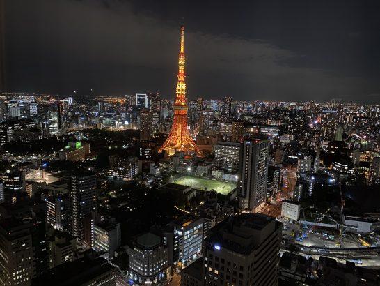 東京エディション虎ノ門のスーペリアスイートの夜景