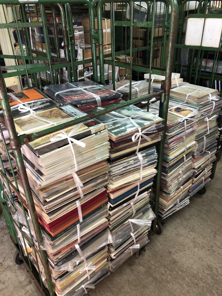 大量のクラシックレコード