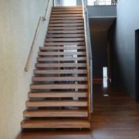「階段 落ち」
