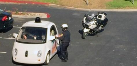 Googles förarlösa bil
