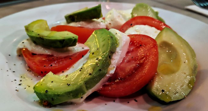Circolo Pizzeria: tricolour salad