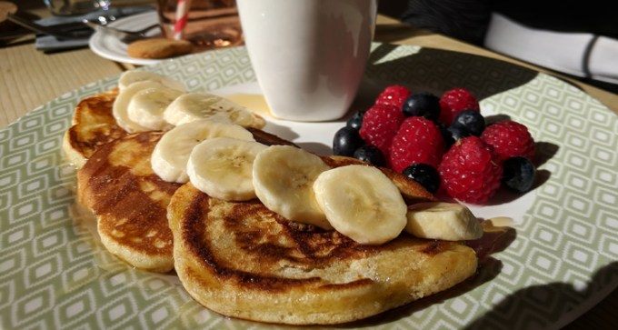 Honey-drizzled pancakes