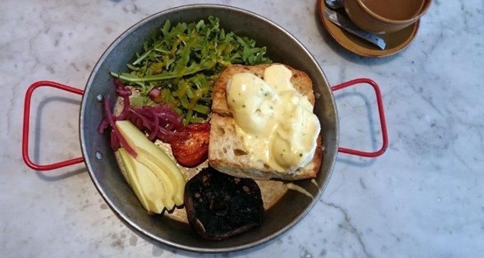 Vegetariano breakfast at Tapas Revolution