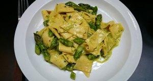 Tagliatelle with Norfolk asparagus and pecorino at Padella