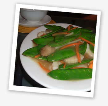Scallops with sugar-snap peas