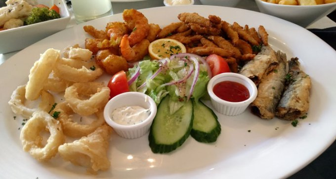 Mixed fried fish
